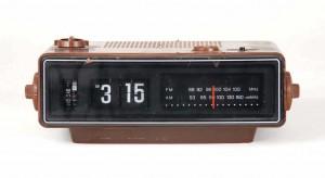 Vintage-Flip-Clocks-Unique-Design