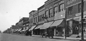 The corner of First Avenue and Cedar Street in Sandpoint, looking south. Photo courtesy of Bonner County Historical Society.