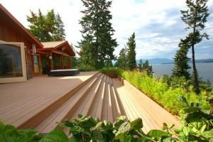 The amazing deck.