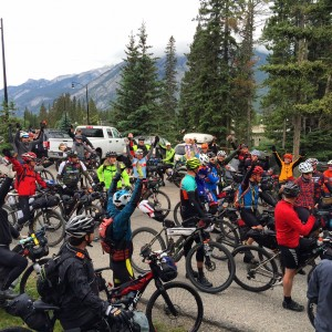 The 160 riders give one last round of cheers before Banff-departing riders hit the long trail to Mexico. Photo by Hannah Tranberg.